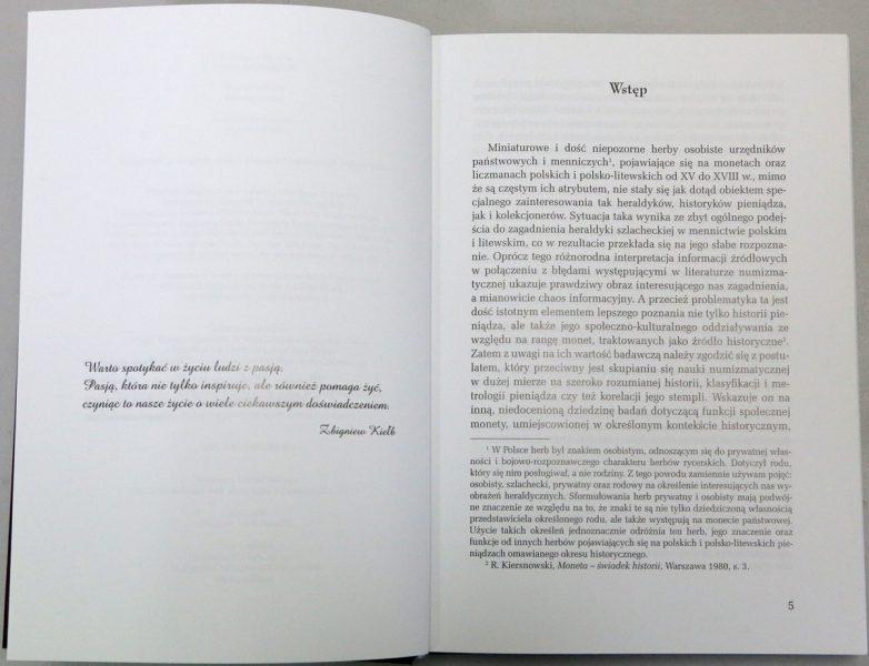 Strona 5 z książki Herby urzędników polskich i litewskich Zbigniew Kiełb