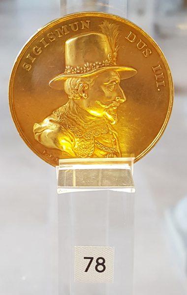 Odbitka w złocie medalu z Zygmuntem III Wazą